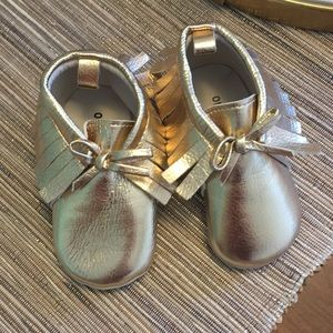 2f0955009c4 Old Navy Shoes - GOLD Faux Leather Baby Moccasins